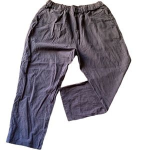 Pants - Navy Lightweight Cropped Pocketed Pants Medium NWT